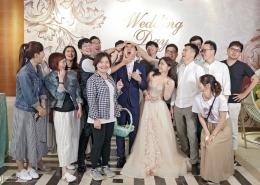 婚禮合照中的扮鬼臉裝可愛系列
